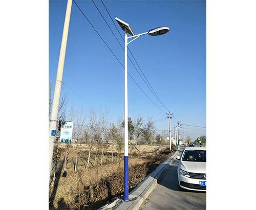 6米太阳能路灯(A字臂)