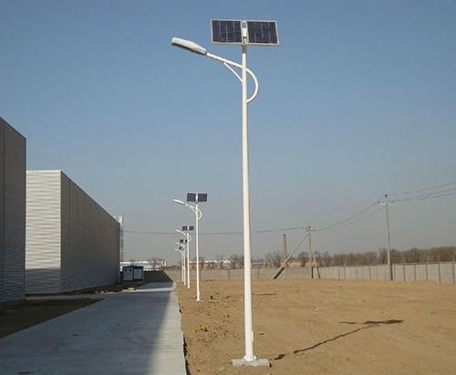 6米太阳能路灯
