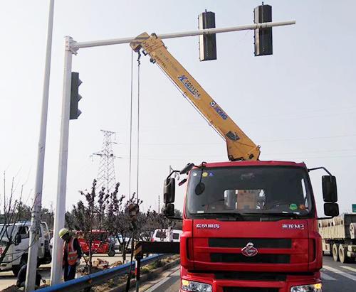 河北交通信号灯杆